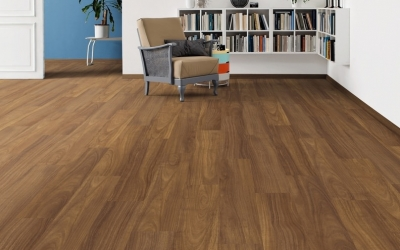 images/stories/virtuemart/product/529052-haro-laminat-tritty-100-landhausdiele-iroko-pore-529052-2