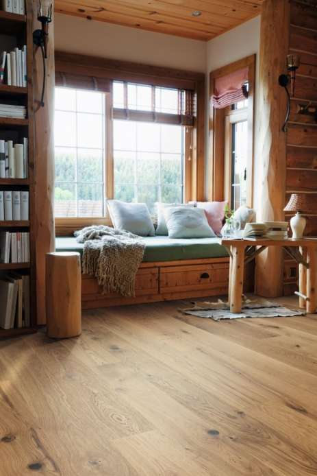 534605 haro parkett landhausdiele 3500 eiche universal vario strukturiert lackiert 2v fase. Black Bedroom Furniture Sets. Home Design Ideas