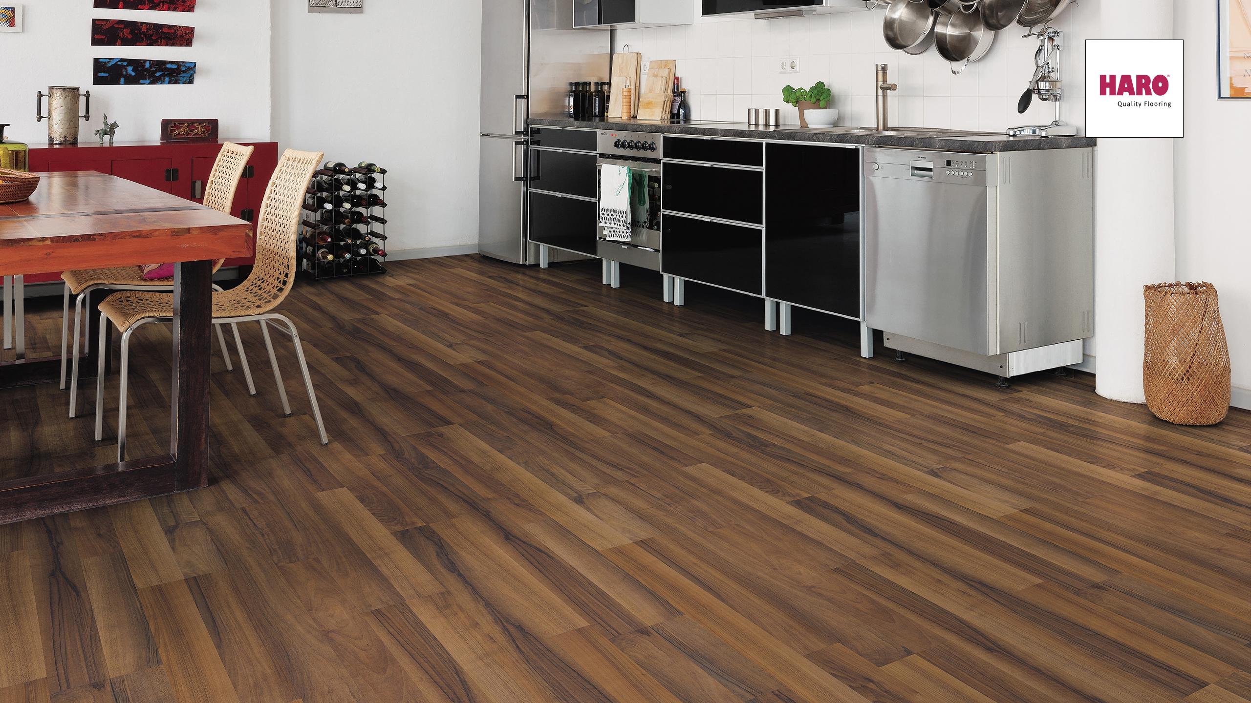 haro nussbaum laminat hohe qualit t tiefe preise. Black Bedroom Furniture Sets. Home Design Ideas