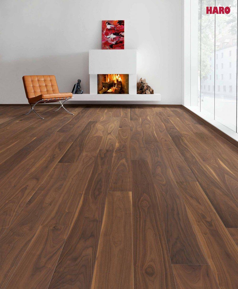 seite 2 parkett nussbaum warmes ambiente kraftvolle farben. Black Bedroom Furniture Sets. Home Design Ideas