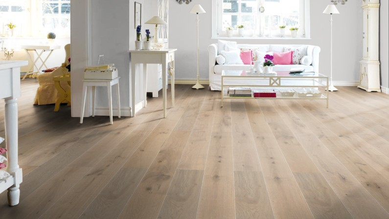 parkett eiche gekalkt ge lt haus deko ideen. Black Bedroom Furniture Sets. Home Design Ideas