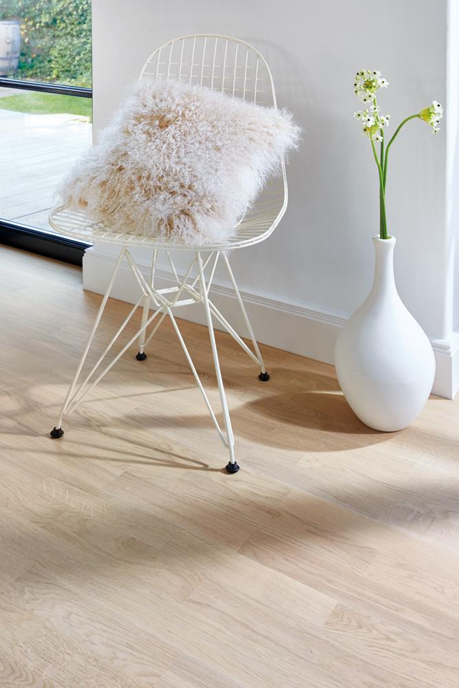 eigl33td boen parkett schiffsboden 215 mm eiche andante live pure matt lackiert. Black Bedroom Furniture Sets. Home Design Ideas