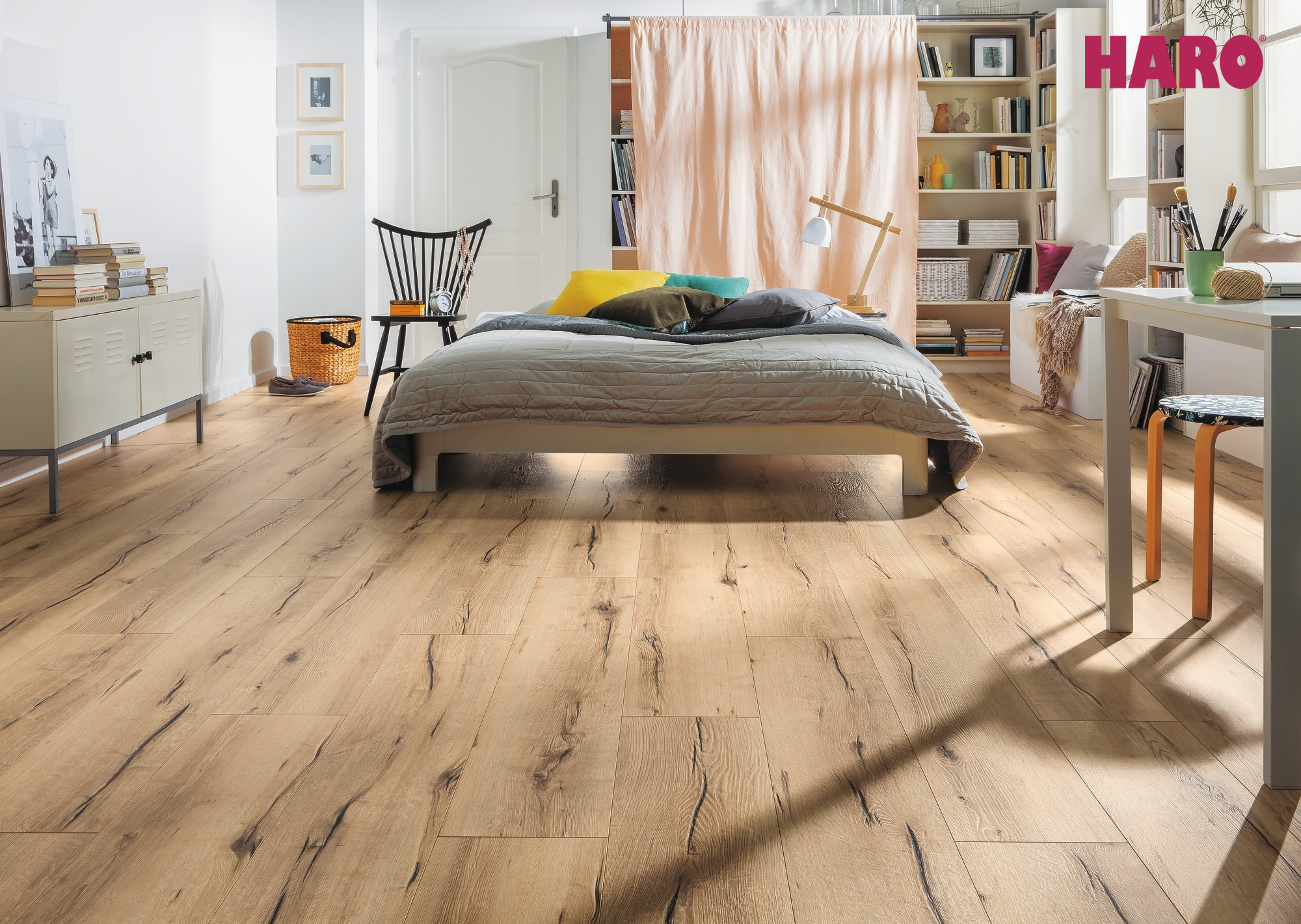 532060 haro laminat tritty 100 campus 4v eiche italica. Black Bedroom Furniture Sets. Home Design Ideas