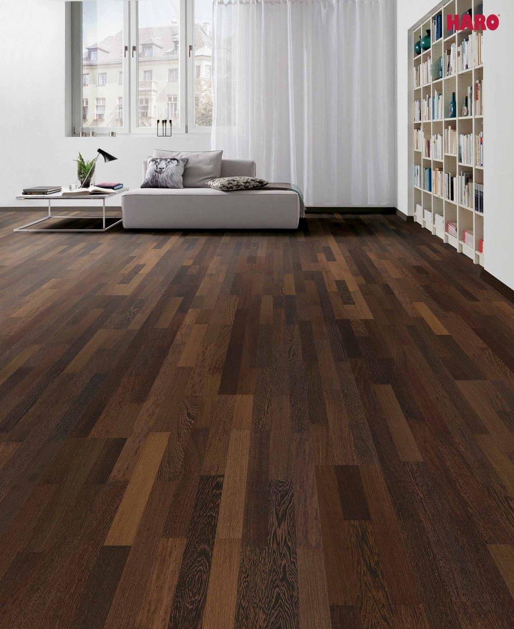 parkett aus wenge im nat rlich dunklen farbton. Black Bedroom Furniture Sets. Home Design Ideas